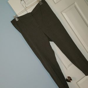 EUC Ann Taylor Dress Pants